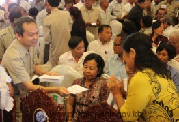 gov.-meet-hochiming-120114-4-138967040257848